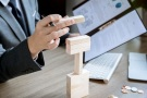 怎樣面對勞務合同風險